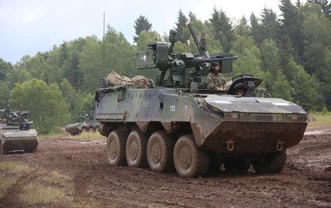Česká armáda má již 107 pandurů.