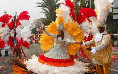 Karneval v Nice je plný květin.