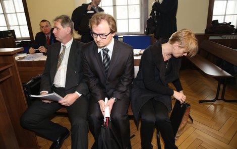 Obžalovaní lékaři, zleva Václav Hulínský, Michal Křižanovič a Tamara Malcevová.