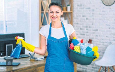 Větrání a dezinfekce – to jsou zbraně proti plísni v domácnosti.