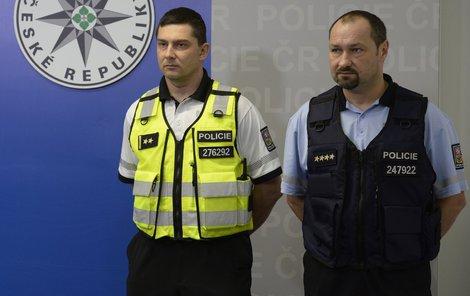 Vesty policistům mají zajistit komfortnější službu.