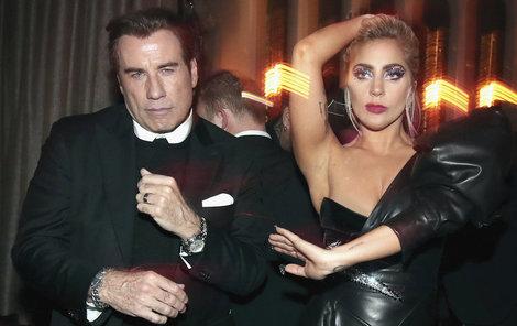Travolta a Lady Gaga to na afterparty rozjeli.