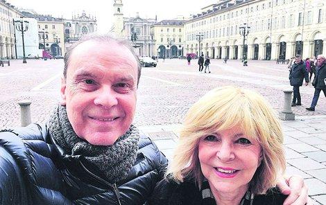 2017 Turín: Na procházce s manželem Štefanem Margitou