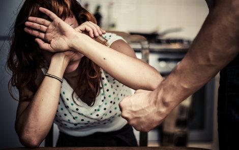 Alarmující fakt: Třetina českých žen byla doma zmlácena.
