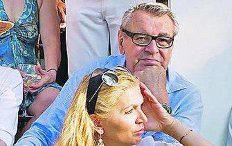 Tohle není foto z oslavy, ale starší snímek manželů Formanových, který Martina zveřejnila na sociální síti.