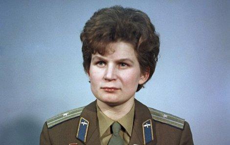 Valentina Těreškovová, první žena, která se podívala do kosmu.