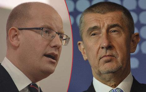 Premiér Sobotka útočí a ministr Babiš se brání.