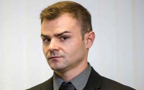 Petr Novotný komplikoval práci záchranářům, neřekl jim, jakou látku návštěvníci diskotéky vypili.