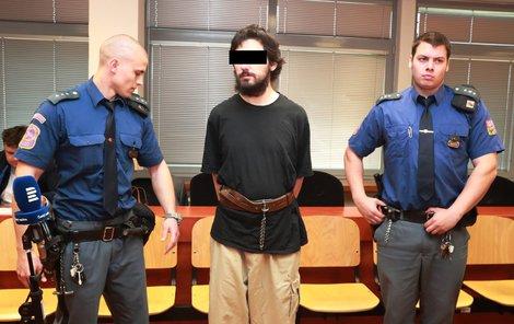 Zdeněk H. včera k soudu nepřišel, v pondělí požádal, aby se jednalo bez jeho přítomnosti.