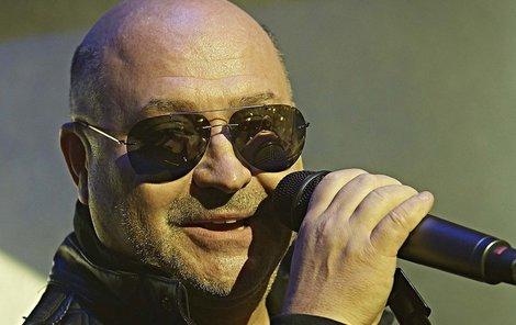 Po roce staví Michal David (57) novou kapelu, se kterou vystartuje 23. listopadu v pražském Fóru Karlín na koncertě Michal David &Friends.