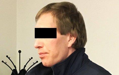 Ondřej R. u soudu v Plzni.