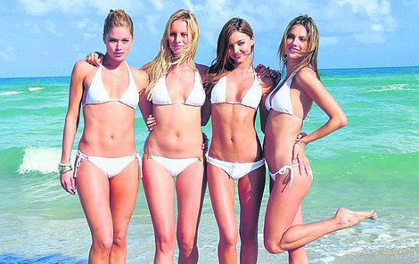 Doutzen, Karolína, Miranda a Alessandra.