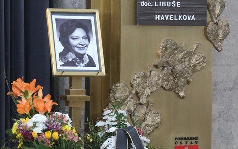 Poslední rozloučení s Libuškou Havelkovou v Praze-Strašnicích.