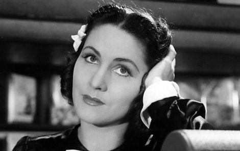 Marie dobyla divadlo i film svou oduševnělou krásou.