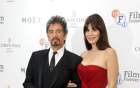 Al Pacino a  Lucila Sola.