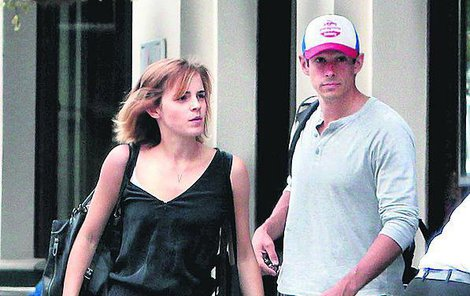 Emma Watson (27) a William Knight (35)