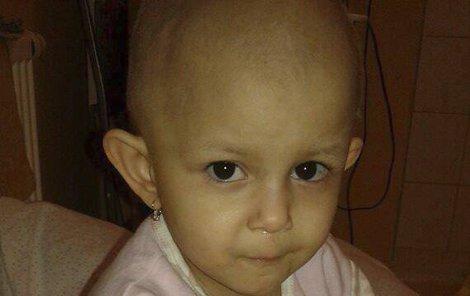 Mirinka musela v nemocnici podstoupit operaci a 16 chemoterapií.