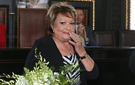 Jiřina Bohdalová (86) na slavnostním zahájení Febiofestu »pohřbila« francouzského herce a zpěváka Charlese Aznavoura (93).