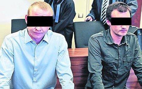 Obžalovaní Vasilij P. (vlevo) a Tadeáš Š.