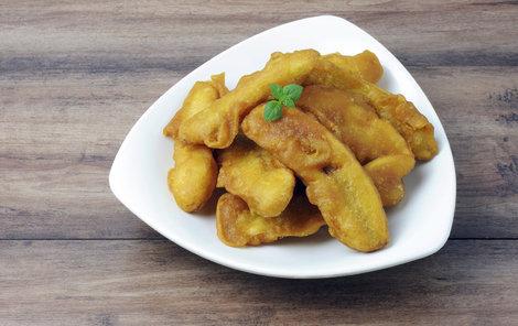 Smažené banány jsou pochoutkou indické kuchyně.