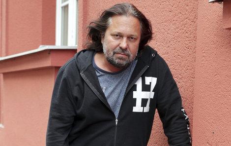 Jiří Pomeje bojuje s rakovinou hrtanu.