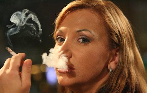 Vyžene zákaz kouření hosty z hospod?