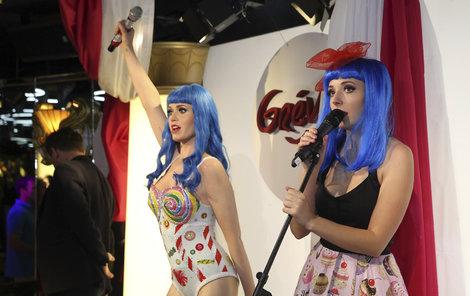 Slováčková s voskovou Katy Perry.