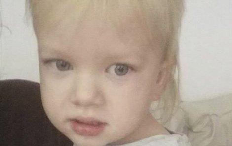 Rodina viní ze smrtí chlapce zdravotní sestru.