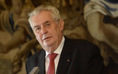 Prezident Miloš Zeman (72) na náměstí v Novém Jičíně zkritizoval premiéra Sobotku za privatizaci OKD.
