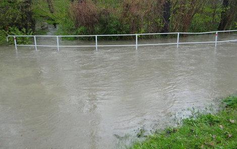 Během povodní se vylily na Odersku potoky i řeky ze svých břehů.