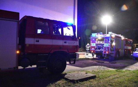 Na místě zasahovaly čtyři jednotky hasičů.