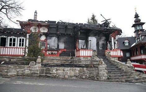 Březen 2014 Vyhořelý Libušín.