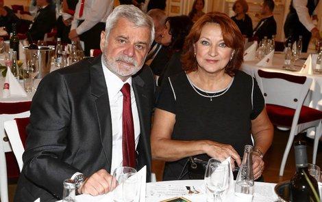 Manželé Petr Štěpánek a Zlata Adamovská