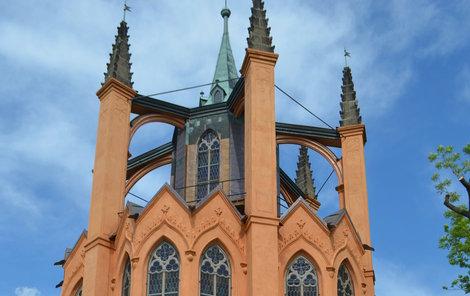 Nyní se po rekonstrukci templ otevřel veřejnosti.