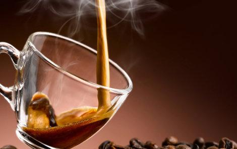 Kdo kávu pije,  ten déle žije!