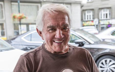 Jiří Krampol znovu namluvil Belmonda.