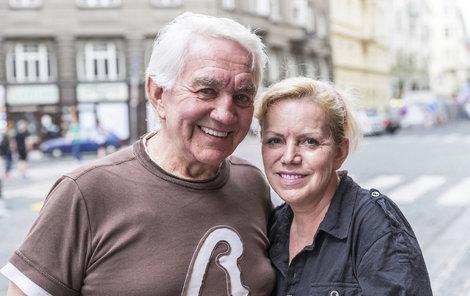 Jiří Krampol a Hana Krampolová. Tady to s jeho ženou ještě šlo.