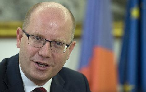 Premiér Bohuslav Sobotka slíbil růst mezd