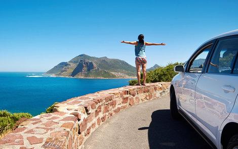 10 rad jak si půjčit auto na dovolené