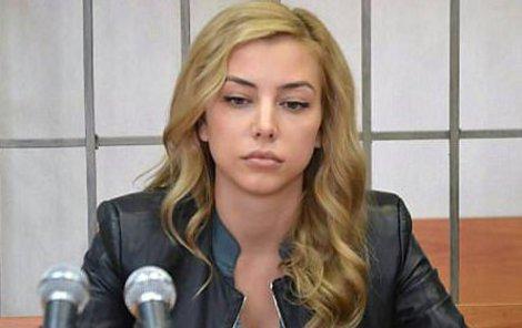 Jekatěrina Pužiková (28)