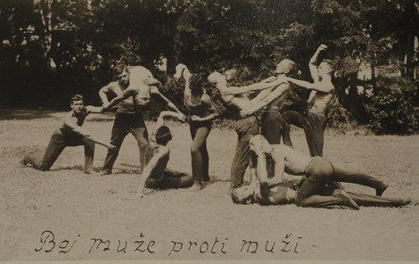 Ukázka boje muže proti muži československých legionářů v Rusku.