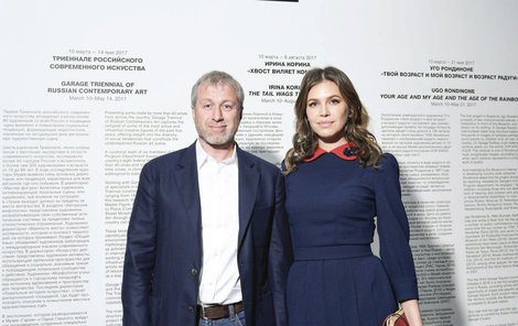 9. března 2017 - Poslední společný snímek v moskevském muzeu, které pomáhala Dasha budovat, byl už jen tak pro efekt....