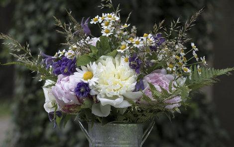 Tuto krásnou květinu uvážete během pár minut.