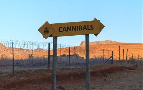 Domek šamanů – kanibalů.