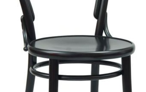 Spícího partnera ztloukla židlí!