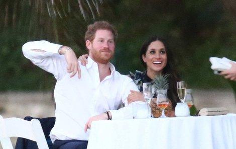 Hej, já už se chci ženit! Ale nemám kdy... Krásná herečka chodí s princem více než rok.