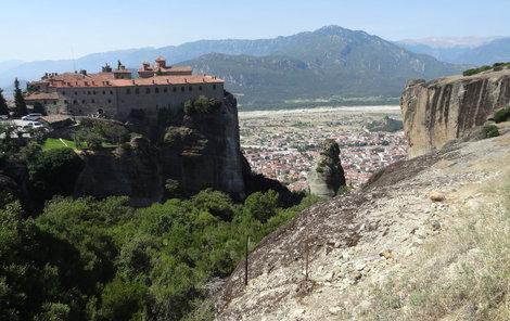 U proslulých klášterů Meteos se budete cítit, jako byste se vznášeli nad zemí.