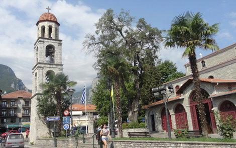 Litochoro je pro odvážnější i východištěm pro horské trasy na vrchol Mytikasu.