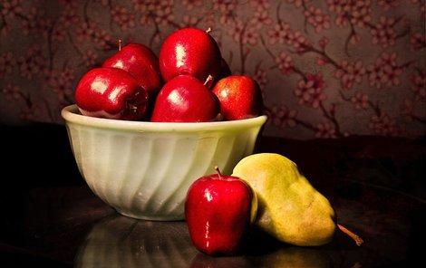 Jablka a hrušky nejen k snědku, ale i jako pleťová maska či obklad!