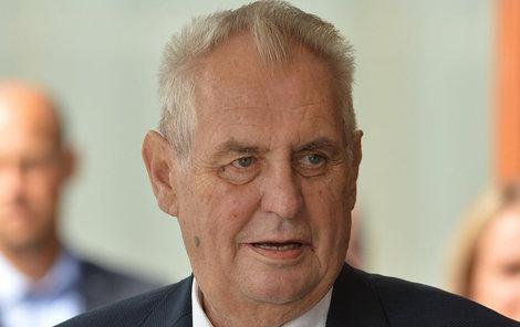 Prezident Miloš Zeman považuje kroky Unie za vydírání.